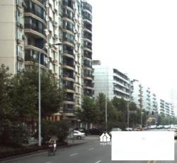 天晖大厦 读育才2小 复式电梯四房 顶楼带搭建