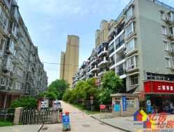七里晴川,南北通透精装三房,中高楼层 ,老证,不临街地.铁房