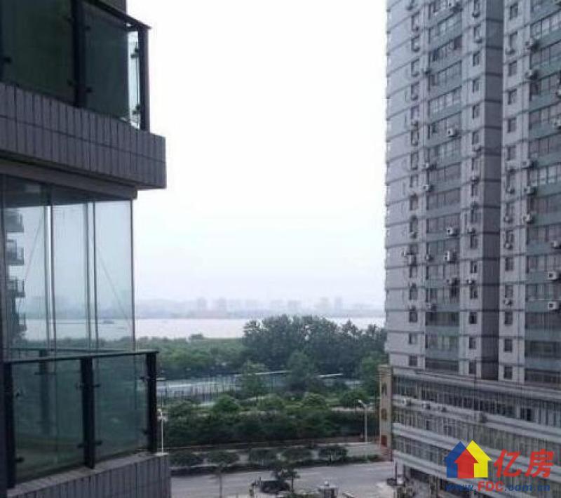 江景大厦 江滩小户型  老证 有钥匙随时看,武汉江岸区永清沿江大道227-228号二手房1室 - 亿房网