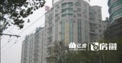 辉煌公寓1楼带院子毛坯房出售