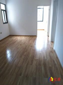 对口育才一小的学区房,精装修的二房,中间楼层4楼,拎包入住
