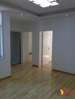 三眼桥(地铁口)西桥社区2楼两室一厅精装修南北通透有钥匙随时看房