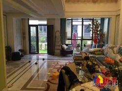 世茂龙湾别墅 豪华装修  上下四层  带350平大花园  拎包入住  洒脱无比
