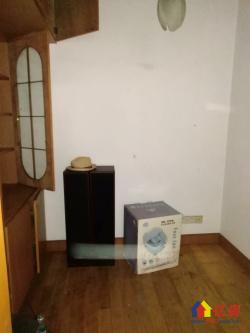 低总价小3房  看房方便  老证  诚意出售