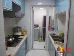 A万科对面麒麟社精装修两房,送全部家具家电,拎包入住.
