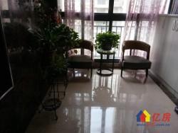 东西湖区 金银湖片 东方海棠花园 4室2厅3卫  193㎡豪装大平层