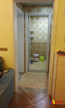 地铁2号线口保利华都精装两室,两证齐全,有钥匙,看房方便