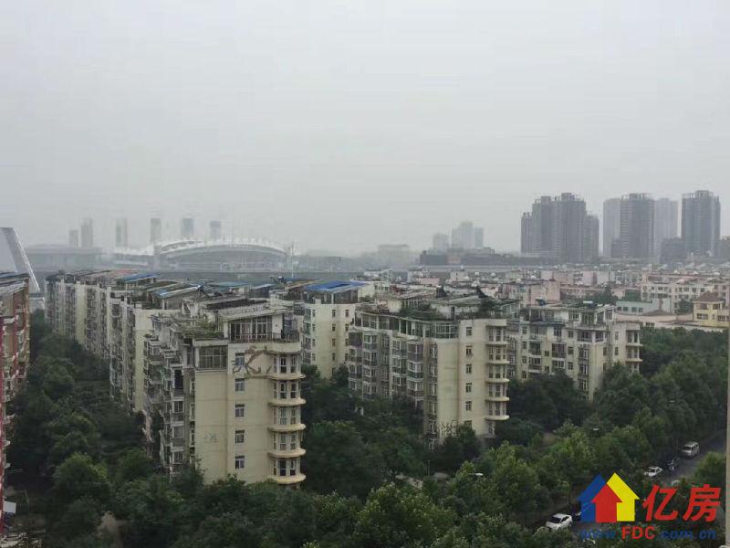 首付50万 D铁口 博学华府 满2年 视野超好,武汉武汉经开三角湖经济技术开发区沌口博学路边二手房2室 - 亿房网