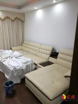 《美家地产》鼎鑫摩卡小镇 6室2厅2卫精装复式  124㎡实际200平 钥匙房