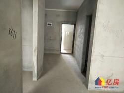 沙湖港湾B区高楼层97平毛坯房,出门就是公交,对面就是欢乐谷