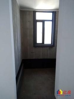 幸福时代新小区次新房 毛坯房可以个性化装修 无税后期费用少