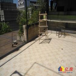 蔡家田A区对面,位于4楼精装修的三室二厅,40平米超大阳台