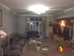 滨江苑精装3室2厅2卫,坐北朝南,户型通透,证满5年,诚心出售!