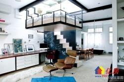 青山临江大道小复式公寓 不限购 带天然气 地铁5号线  江滩公园和和平公园环绕 环境优美