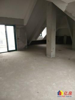 东西湖区 金银湖新城 金珠港湾二期(买一层送一层) 5室2厅2卫  114㎡
