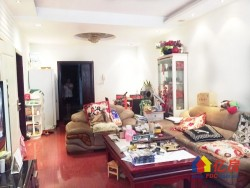江汉区 汉正街 海山友谊城 3室2厅1卫  112㎡ 送2个大露台