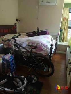 万锦江城精装两房出租,采光好,客厅带阳台,拎包入住