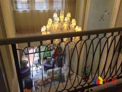 世茂龙湾联排别墅   豪华装修  上下四层  送私家花园  拎包入住