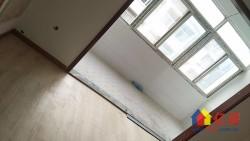 江夏区 纸坊 花山小区 3室2厅2卫  121.7㎡