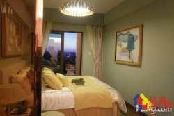 洪山区街道口万科主场79平精装两房客厅带阳台
