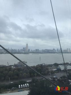 绿地国际金融城+一线临江606标杆武汉+不限购透资必备+酒店