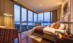 绿地国际金融城606公馆  世界第三高楼旁 豪装江景公寓 满足您对生活的所有憧憬