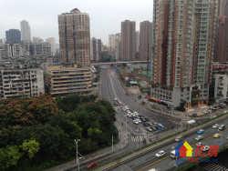 解放大道香港路口 万科8号 品形精装两房 朝南有阳台