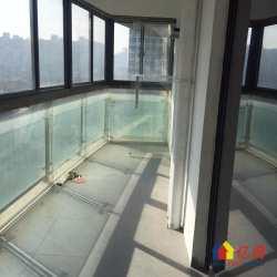 江汉路轻轨旁宝利金国际公馆两证已满2年4房2厅双阳台看江好房