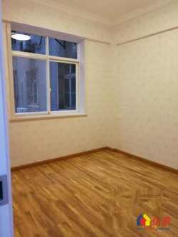 万松园小区正规品字两房。采光好。户型好全亮户型