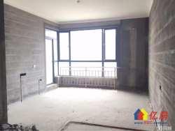 地铁口空中别墅、三代同堂的不二之选、带200平私家露台有钥匙