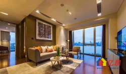 世界第二高楼旁+一线江景房+总裁办公+精装修送软装+包租稳定收益!