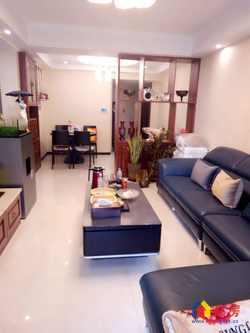 世纪江尚 370万 2室2厅1卫 精装修一线江景,难找的好房子