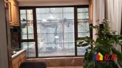 新房 5.4米高的复试公寓 门口就是地铁站 旁边同济医院