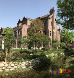 龙泰北郦湖一手合同别墅370万  面积412平 无税
