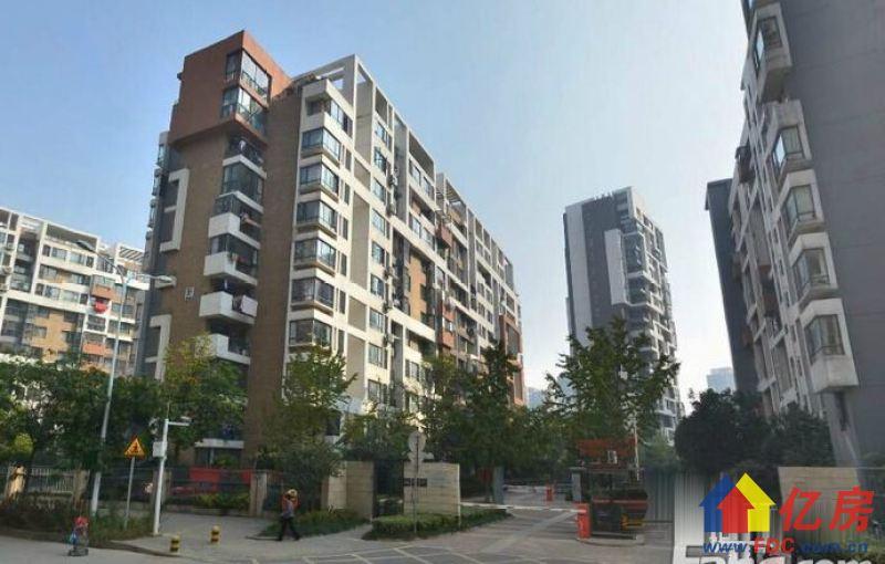 保利公馆两室一厅带大阳台总价低房子新小区环境好,武汉洪山区南湖