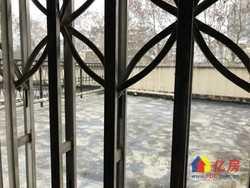 秀泽园南苑 楼梯房黄 金楼层带80平大露台 有钥匙