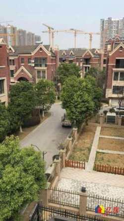 赛洛城二期别墅~超大花园~独立车库~赠送面积多