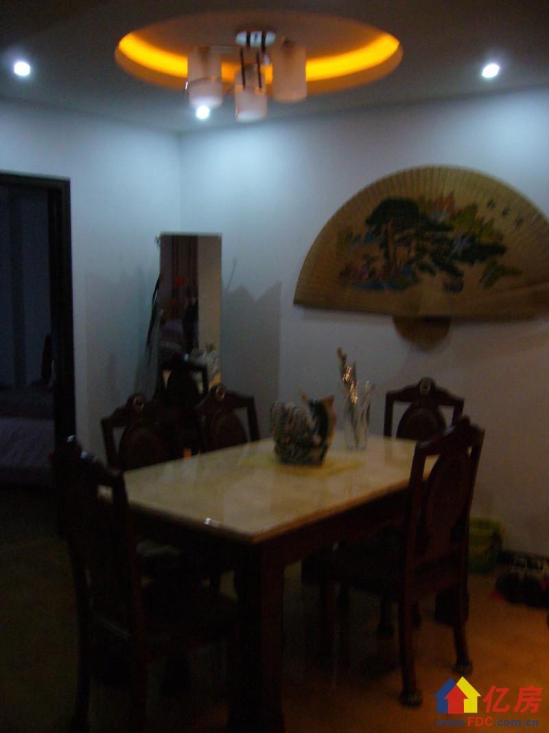 青山区 建二 江城广场 3室2厅2卫 172.45㎡,武汉青山区建二红卫路片建二路二手房3室 - 亿房网