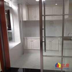 地铁六号线旁 西马新村小区4楼 三室一厅 精装修 南北采光好 一梯二户 小区环境 交通方便