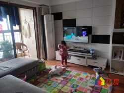 万锦江城3房精装 户型通透 中间楼层 可以拧包入住 欢迎来看