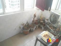 武昌区 南湖 江宏花园C区 3室2厅2卫  139.45㎡