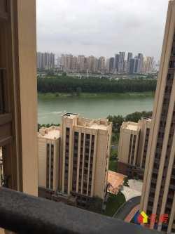 海昌天澜三期 3室2厅1卫双阳台 2 3 8号线地铁交汇处 一线临双湖 高档小区