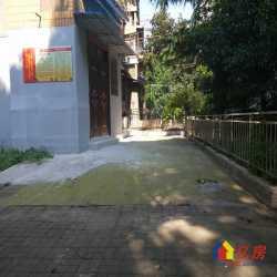 蔡家田B区,大院子,精装修的二室,小区主通道上,门前开阔