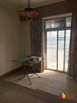 底价出售,富豪公寓165万包过户3室2厅1卫有钥匙准拆迁区,诚售!