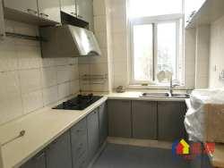 学府佳园精装三房,*,带暖气,房东换房急售,有钥匙