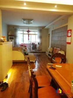 同济对面 同馨花园二期 两梯两户 精装三室 南北通透 老证