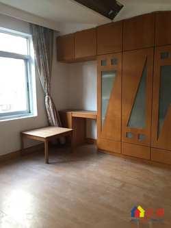 海迪公寓二室二厅,南北通透,地铁口,家具家电齐全