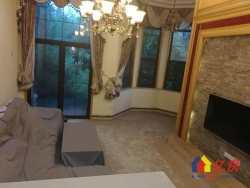中法新城 世茂龙湾湖景别墅  上下四层  边户送300平私家大花园   全新装修  拎包入住