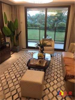 东湖金茂府,景观双阳台,两湖环绕,全房豪华装修,商业配套齐全