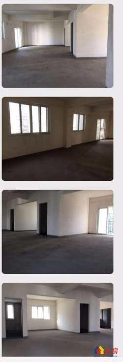江汉区 台北香港路 江汉区公务员小区蓝空国粹香舍 3室2厅2卫 129.54㎡